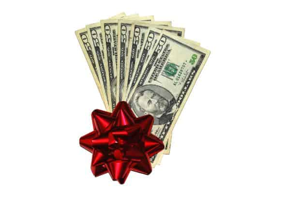 4 Ways to get a little extra Spending Cash for the Holidays