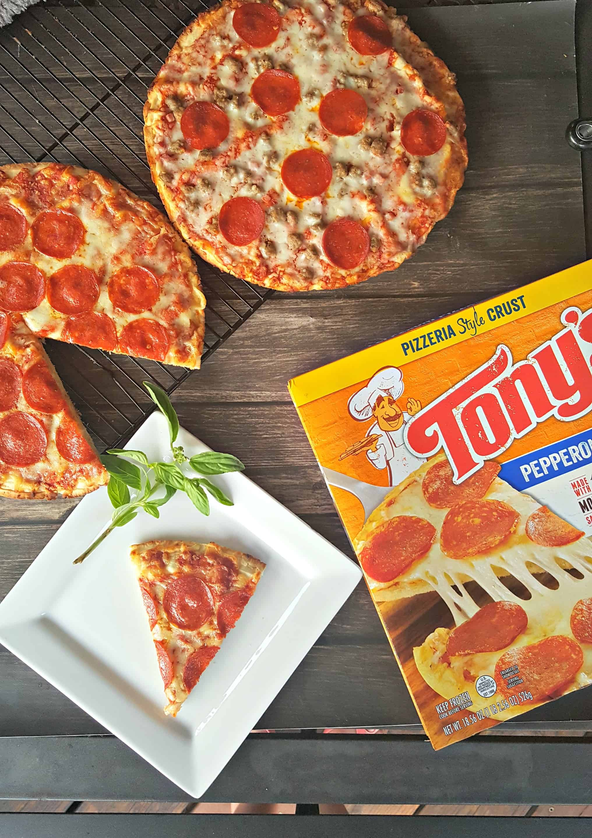 Family Dinners With Tony's Pizza