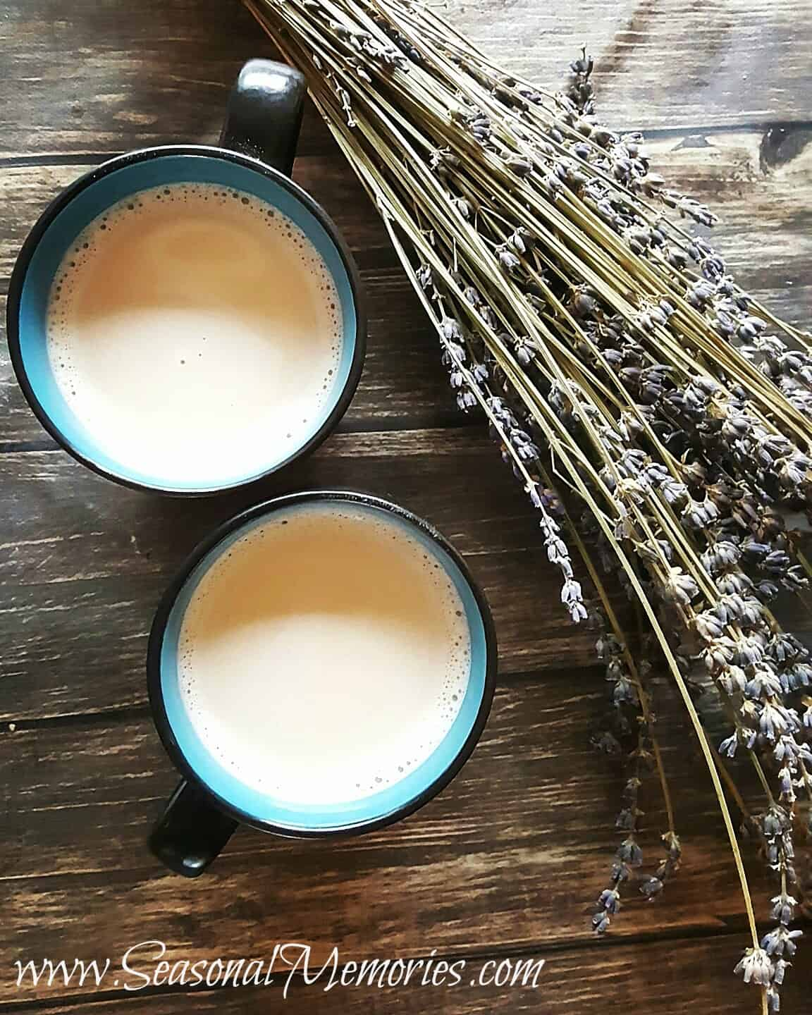 Lattes With Homemade Lavender Simple Syrup #ad #ElGatoMaloPress